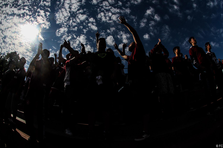 Fotos das torcidas em Juventus x Água Santa